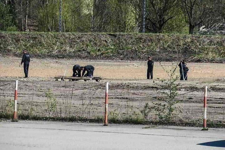 Die Polizei sperrte den Tatort nach dem grausigen Fund ab, sicherte wichtige Spuren.