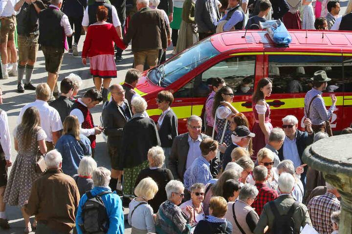Rettungskräfte sind während des Oktoberfests in München nahezu im dauerhaften Einsatz.