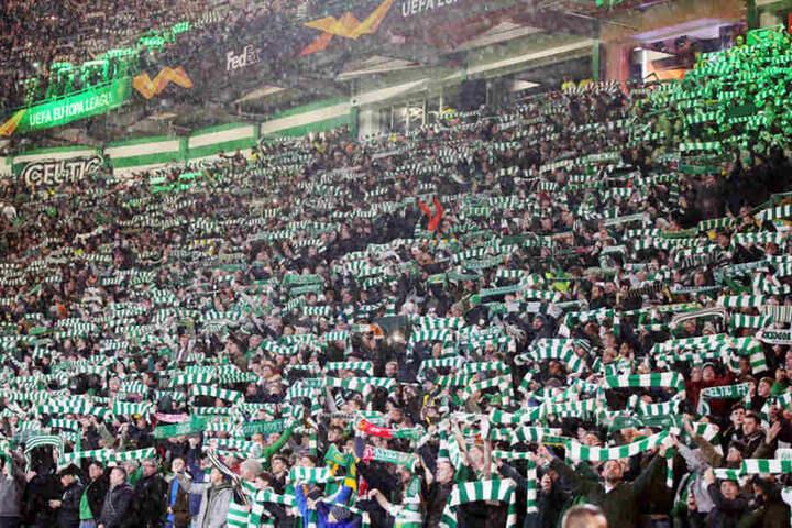 Der Celtic Park war mit gut 60.000 lautstarken Zuschauern gefüllt. War RB Leipzig davon zu beeindruckt?