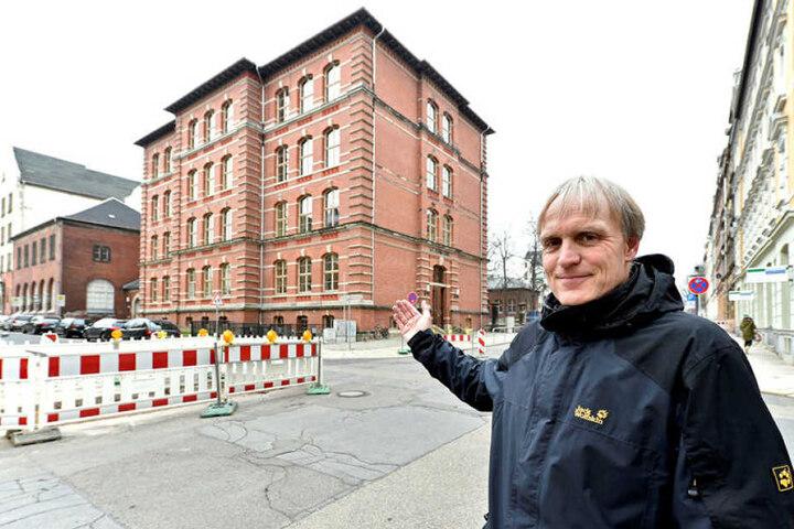 Grünen-Stadtrat Bernhard Herrmann (51) kann sich ein generelles Tempo 30 vorstellen.