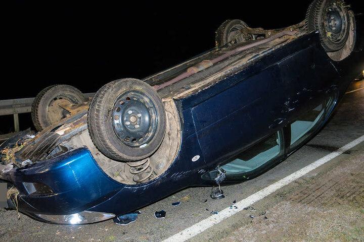 Der Misubishi-Fahrer verlor die Kontrolle über seinen Pkw - Das Fahrzeug landete auf dem Dach.