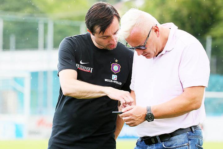 Wann ruft der Wunschspieler zurück? FCE-Coach Daniel Meyer (l.) und Geschäftsführer Michael Voigt basteln eifrig an der neuen Mannschaft.