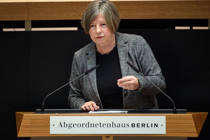 In diesem Jahr wurde die Förderung für rund 3600 neue Sozialwohnungen in Berlin auf den Weg gebracht, wie Bausenatorin Katrin Lompscher (Linke) mitteilte.