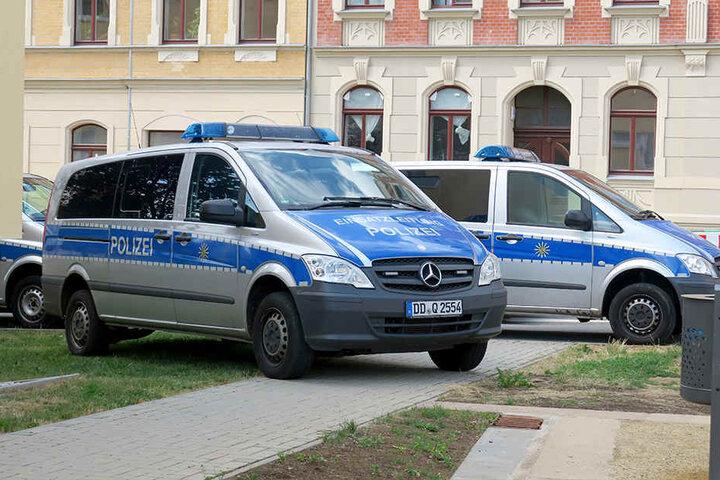 Die Polizei fuhr mit mehreren Fahrzeugen auf den Sonnenberg.