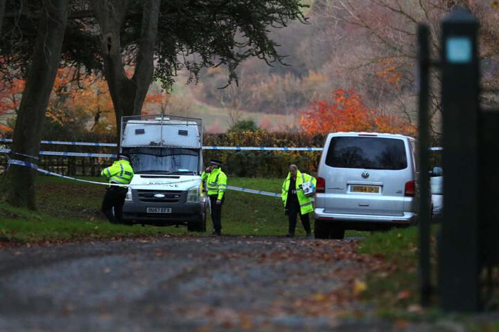 Die britische Polizei sperrte die Absturzstelle ab.