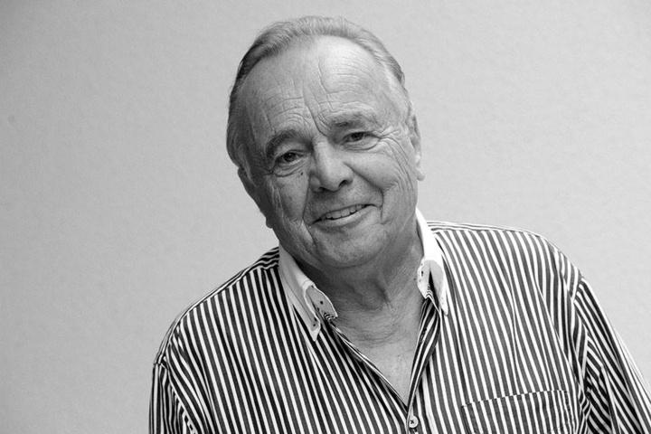 Dieter Bellmann starb am 20. November 2017 im Alter von 77 Jahren.