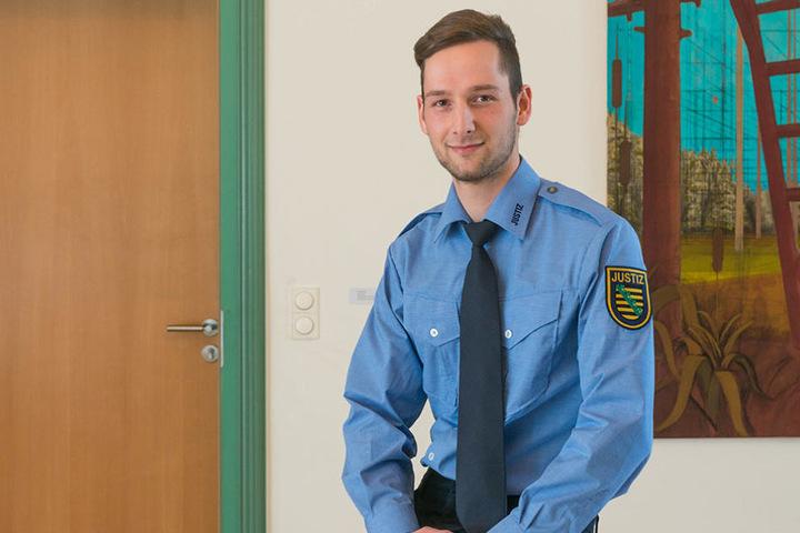 """Kay Ehrlich (22) aus Chemnitz ist Sozialassistent, wollte eigentlich immer zur Polizei: """"Das hat leider nicht geklappt. In der Justiz stimmt die Mischung, ich kann auch mit Menschen arbeiten."""""""