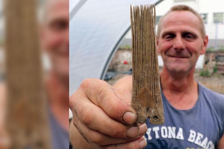 Einen der erstaunlichsten Funde machte Gerd Dohmen: Ein Kamm aus Rinderknochen, der rund 500 bis 600 Jahre alt ist.