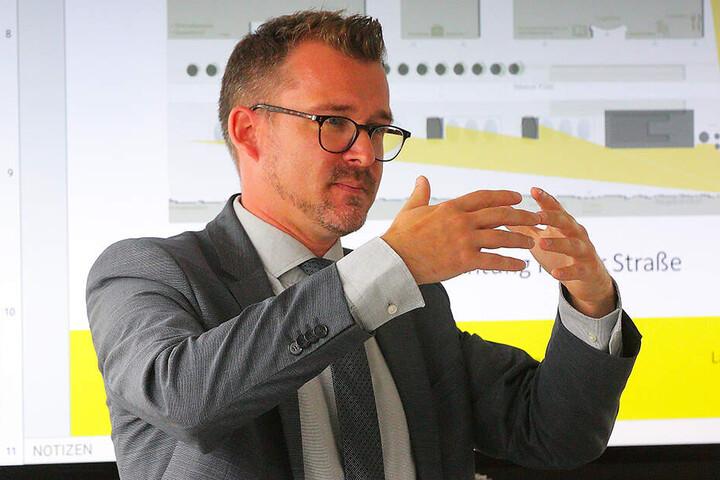 """Baubürgermeister Raoul Schmidt-Lamontain (42, Grüne): """"Ziel ist, den Wiener Platz so weiterzuentwickeln, dass er als würdiger Auftakt in die Stadt für Bürger und Touristen wahrgenommen wird."""""""