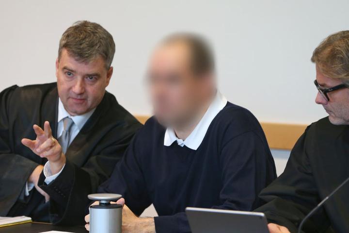 Das Landgericht hatte den Mann 2016 zu dreizehnenhalb Jahren Gefängnis verurteilt. (Archivbild)