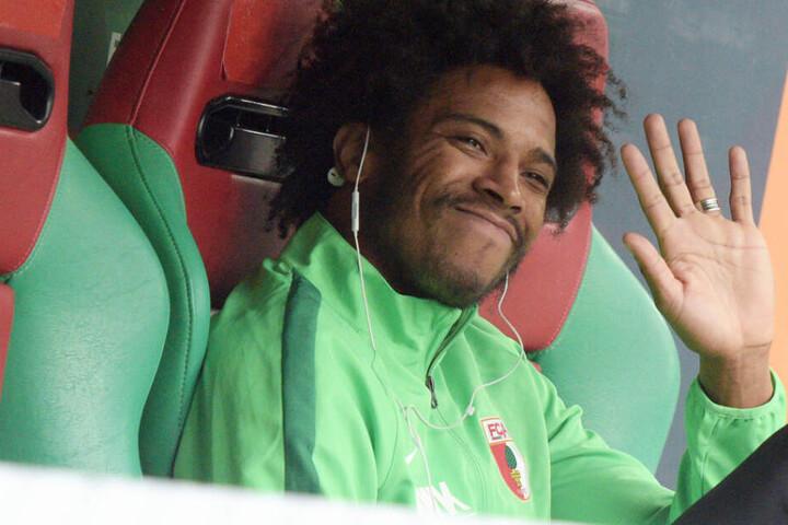 Abschied? Caiuby vom FC Augsburg steht offenbar vor einem Wechsel in die Schweiz. (Archivbild)