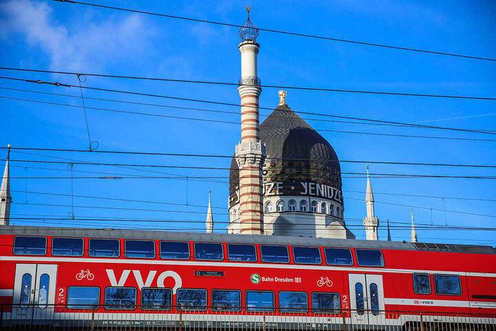Die VVO setzt Silvester ebenfalls zusätzliche S-Bahnen und Züge ein.