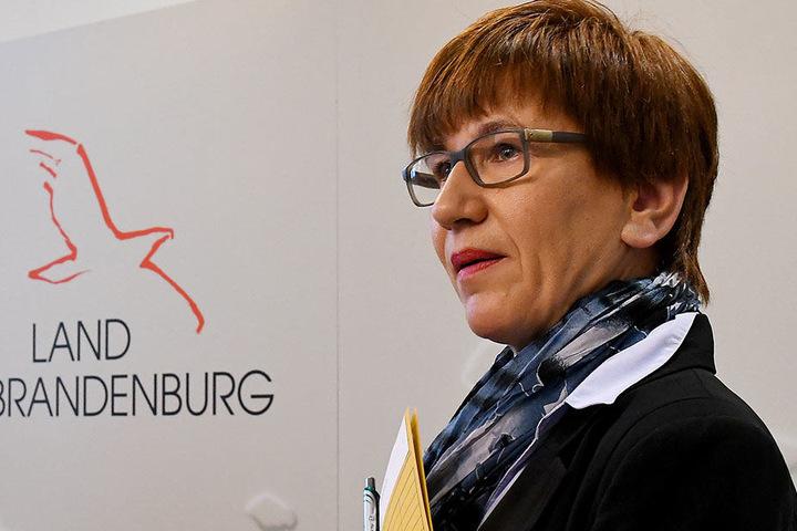 Wird sich freuen: Brandenburgs Verkehrsministerin Kathrin Schneider (SPD) informiert über den beschleunigten Ausbau der A10 auf dem südlichen Berliner Ring. Der Bund stellt 4,5 Millionen Euro für eine Änderung des Bauablaufs zur Verfügung, so dass eine fr