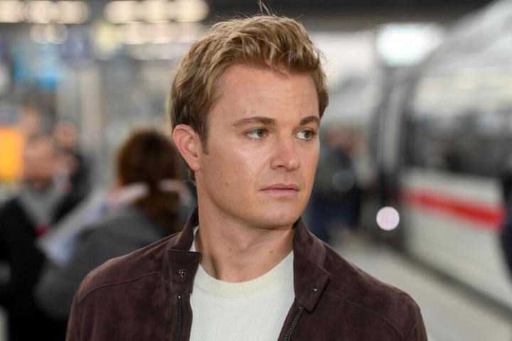 Auch Nico Rosberg zählt zu den prominenten Botschaftern der Stiftung Lesen.