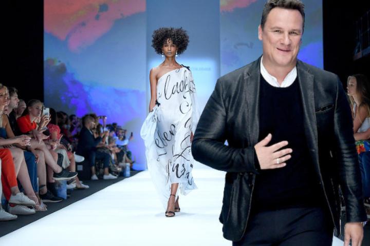Designer Guido Maria Kretschmer (53) bei seiner Modenschau am Vorabend der Berlin Fashion Week. (Bildmontage)