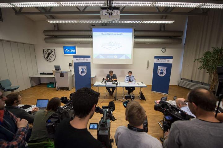 Die Gewissheit, dass es sich bei der Toten um die vermisste 22-Jährige aus Backnang handelt, wurde auf der heutigen Pressekonferenz mitgeteilt.