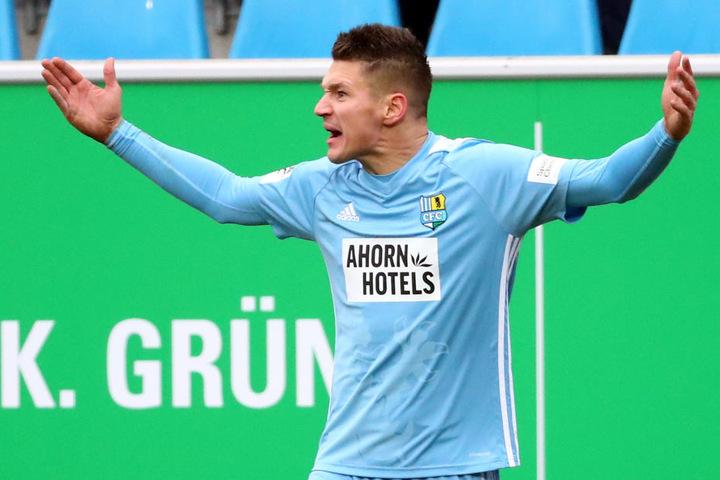 CFC-Torjäger Daniel Frahn hatte in den vergangenen Wochen viele Gründe, wie ein Rohrspatz zu schimpfen. Seine Treffer reichten nicht für Punkte, weil's hinten immer wieder zu einfach klingelt.