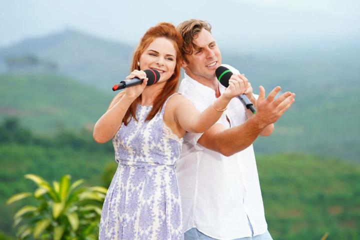 """Angelina Mazzamurro (21) und Nick Ferretti (29) wollen mit dem Klassiker """"Stand By Me"""" von Ben E. King die Jury beeindrucken."""