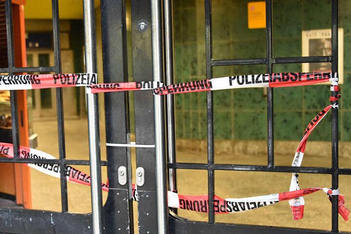 Der S-Bahnhof Innsbrucker Platz wurde von der Polizei gesperrt.