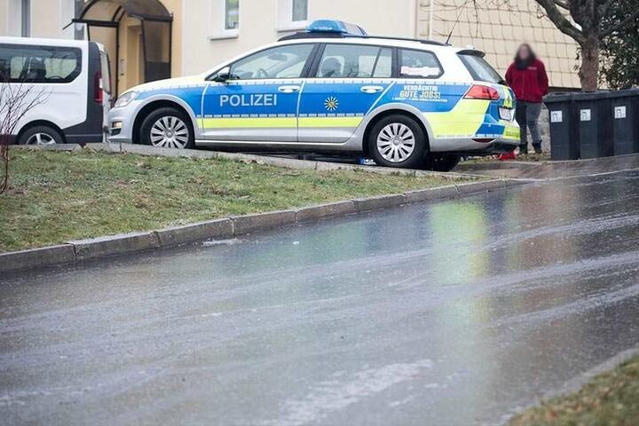 Spiegelglatte Straßen in Zwönitz.