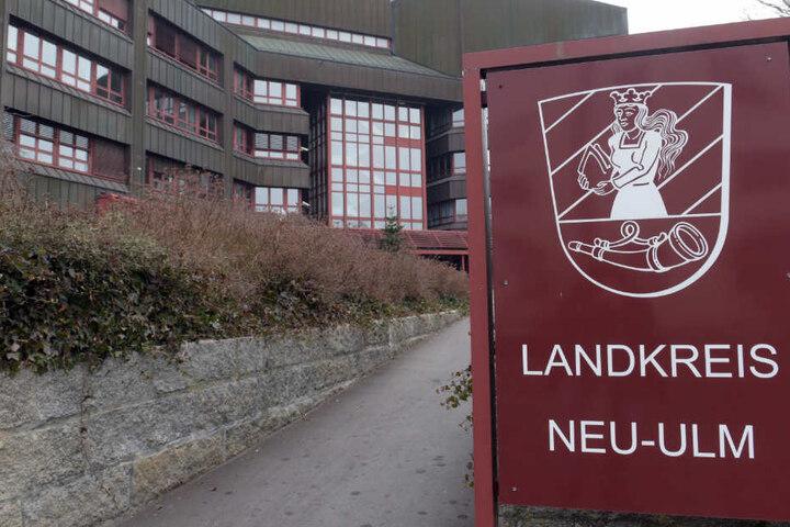 Neu-Ulm ist Verwaltungssitz des gleichnamigen Landkreises.