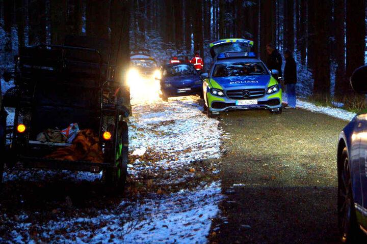 Die Polizei hat die Ermittlungen zum Unfall aufgenommen.