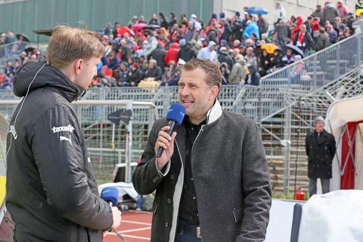 Moderator René Kindermann (r.,41) ist Mitorganisator des Langlauf-Weltcups.