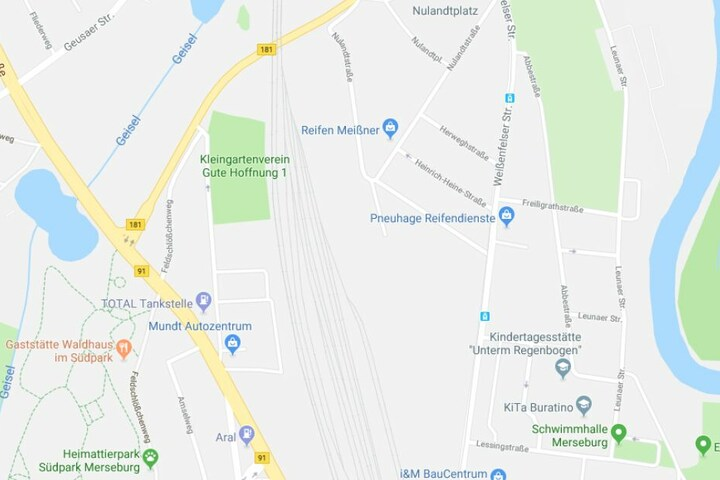 Der Brand soll sich in einer Wohnung an der Weißenfelser Straße ereignet haben.
