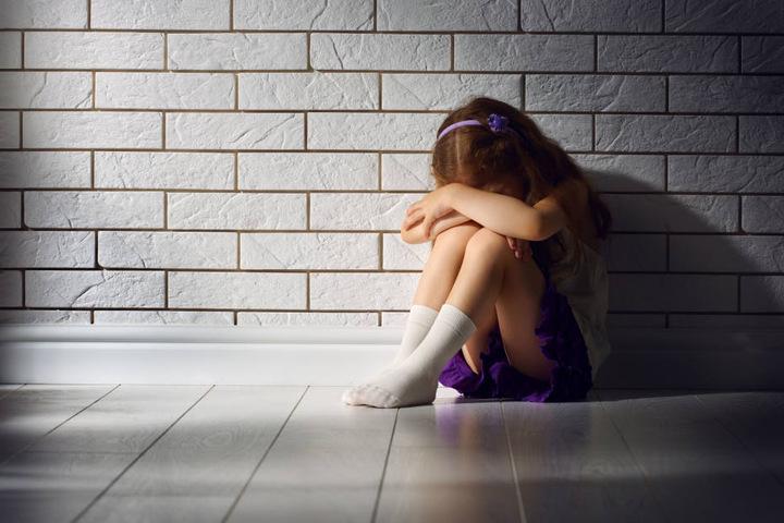 Oftmals bleiben Kinder mit ihren Problemen allein. Für die Kids sind dann geschulte Ansprechpartner da.