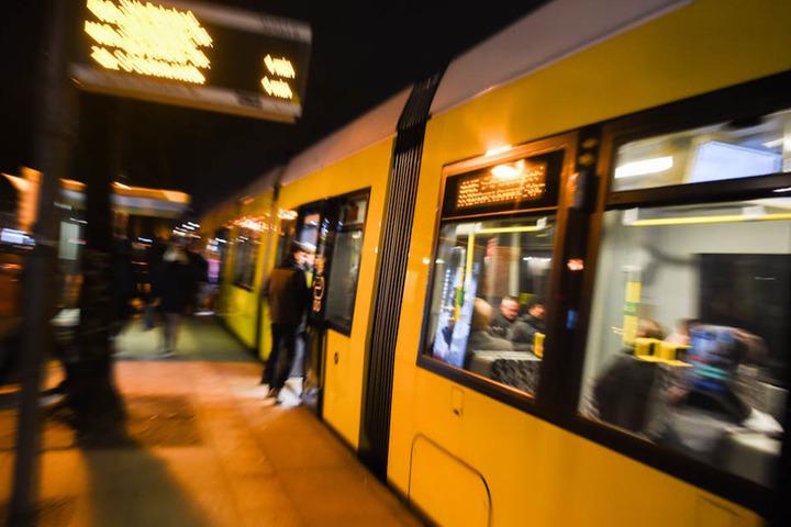 In einer Berliner Straßenbahn passierte der hässliche homophobe Zwischenfall. (Symbolbild)
