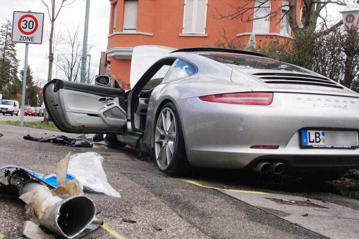 Der Sachschaden nach dem Unfall beläuft sich auf 140.000 Euro.