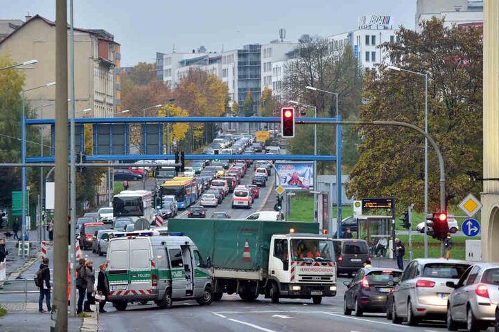 Auf der Leipziger Straße fährt gar nichts mehr.