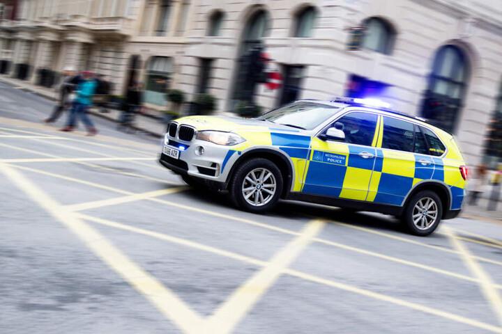 Die Polizei eilte zum Ort des Geschehens.