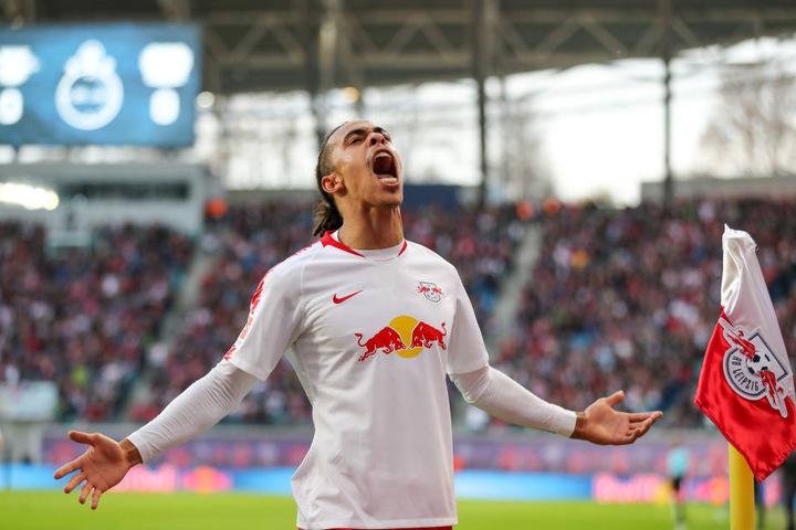 Schoss gegen Leverkusen sein fünftes und sechstes Ligator: Stürmer Yussuf Poulsen.