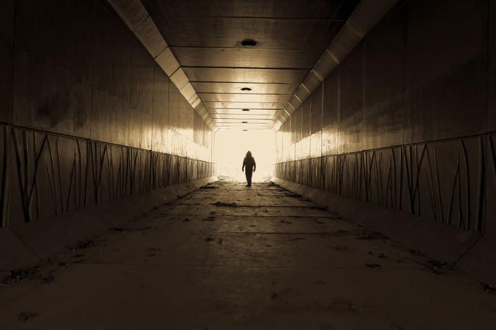 Die Frau lockte den Stalker in ein einsames Industriegebiet. (Symbolbild)