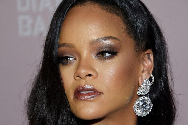 Wohl auch ein Schock für Musik-Ikone Rihanna (31).