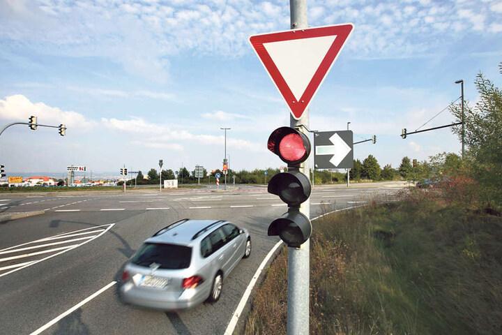 Im Bereich Kohlsdorfer Weg/ B173 wurde ein Grüner Pfeil neu angebracht.