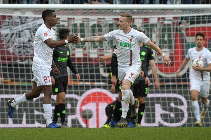 Der FC Augsburg tritt mit einem Erfolgserlebnis im Rücken gegen Dynamo an: Gegen Hannover 96 konnte der FCA am vergangenen Wochenende mit 3:1 gewinnen.