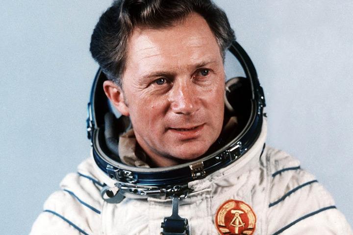 Sigmund Jähn (81), der in der NVA als Jagdflieger diente, flog im August 1978 als erster Deutscher ins Weltall.