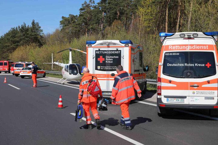 Glücklicherweise konnten die Rettungskräfte wieder abziehen, ohne Verletzte bergen zu müssen.