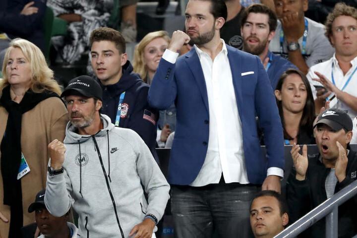 Vater des Kindes ist ihr Verlobter Alexis Ohanian (33, im Anzug).