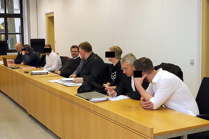 Volles Haus im Landgericht Chemnitz: Am Ende wurden die Verfahren wegen  gefährlicher Körperverletzung eingestellt.