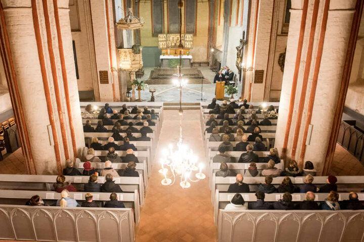 In der Bartholomäuskirche von Wittenburg fand eine Gedenkfeier an den ermordeten Rentner statt.