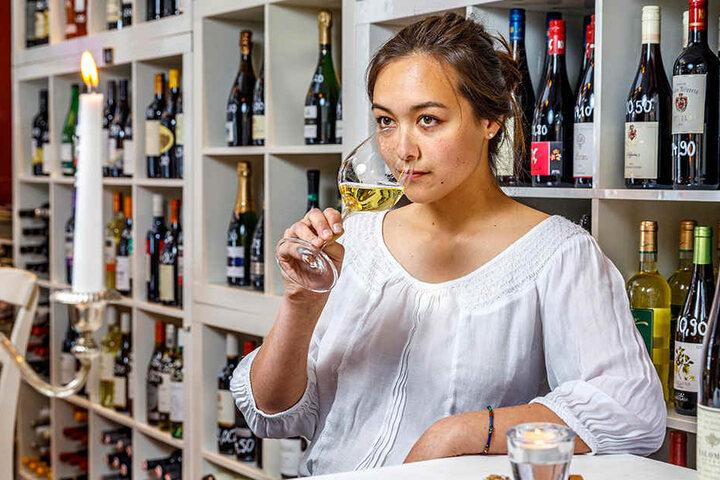 Privat mag Weinbau-Studentin Veronika am liebsten kräftige, unkonventionelle  Weine.