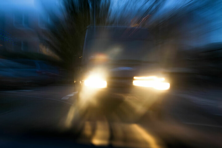 Das mutmaßliche Straßenrennen endete mit einem Unfall.