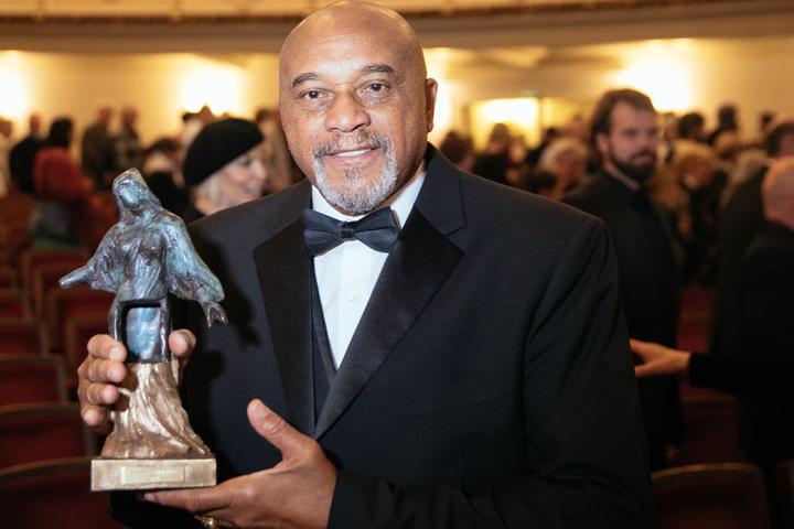 In diesem Jahr bekam der frühere Olympiasieger Tommie Smith (74) den Dresdner Friedenspreis.