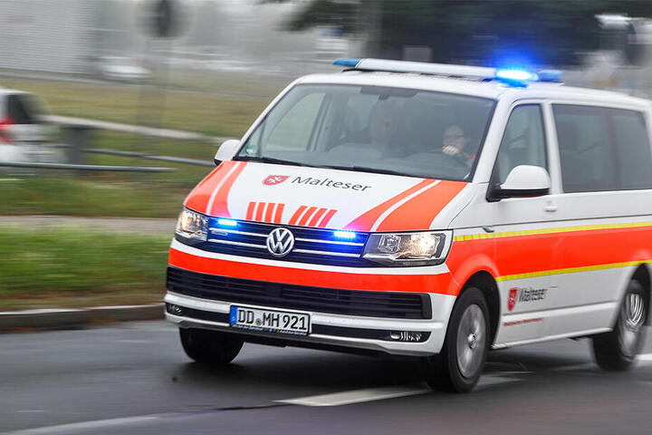 Schwer verletzt wurden mehrere Menschen ins Krankenhaus gebracht.