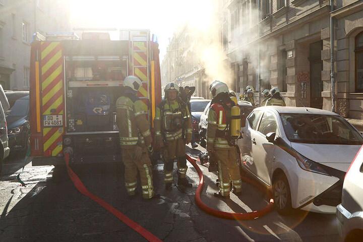 Schnell brachten die Kameraden das Feuer unter Kontrolle.