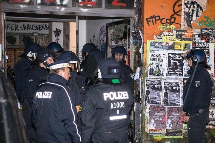 Polizeieinsatz auf der Rigaer Straße (Archivbild).