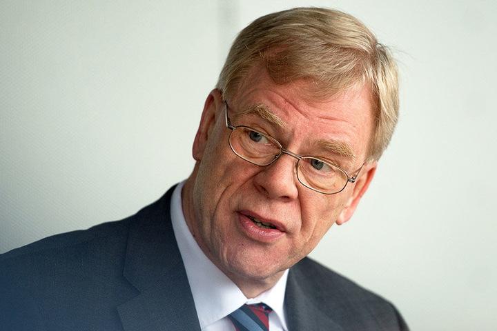 Gegen Finanzminister Georg Unland richtet sich der Protest.